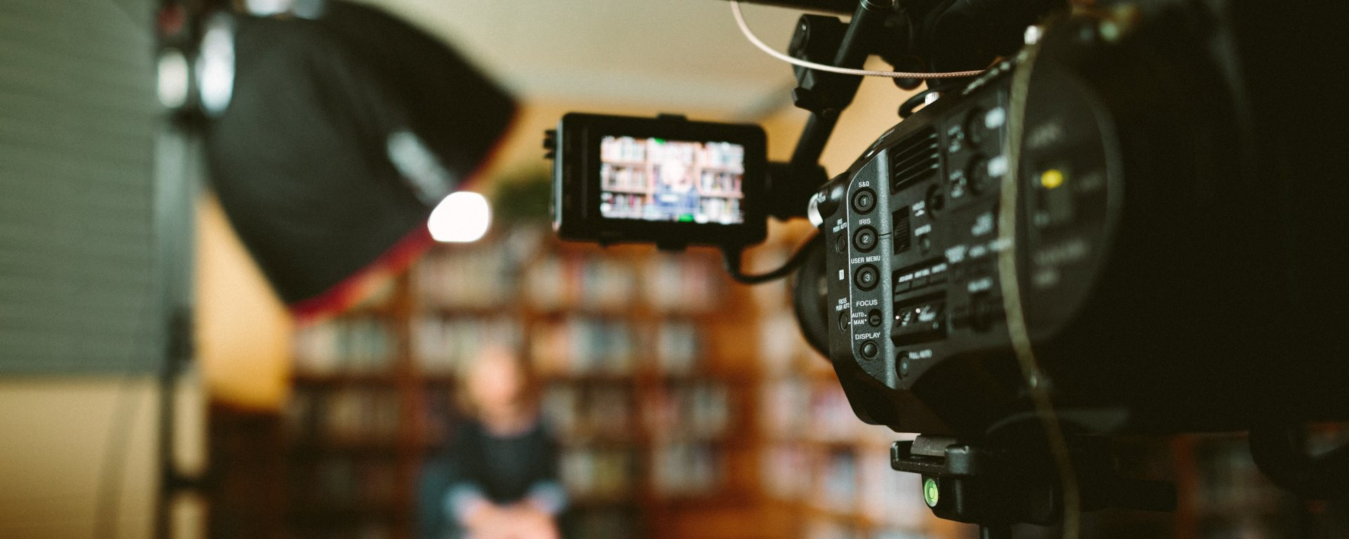 5 tips on how to give better answers in a media interview   by LAMA   Medium
