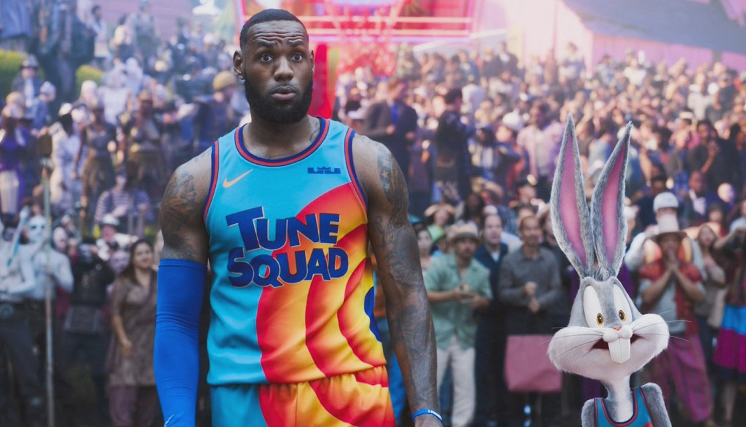 Lebron James and Bugs Bunny in 'Space Jam: A New Legacy'