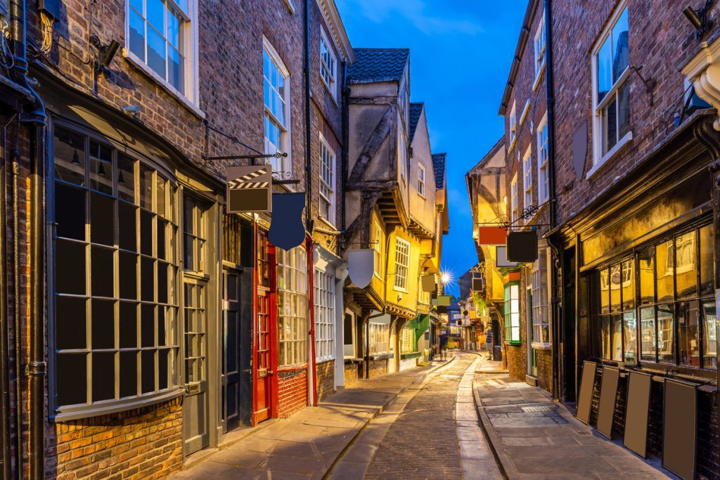 York shambles alley sunset dusk