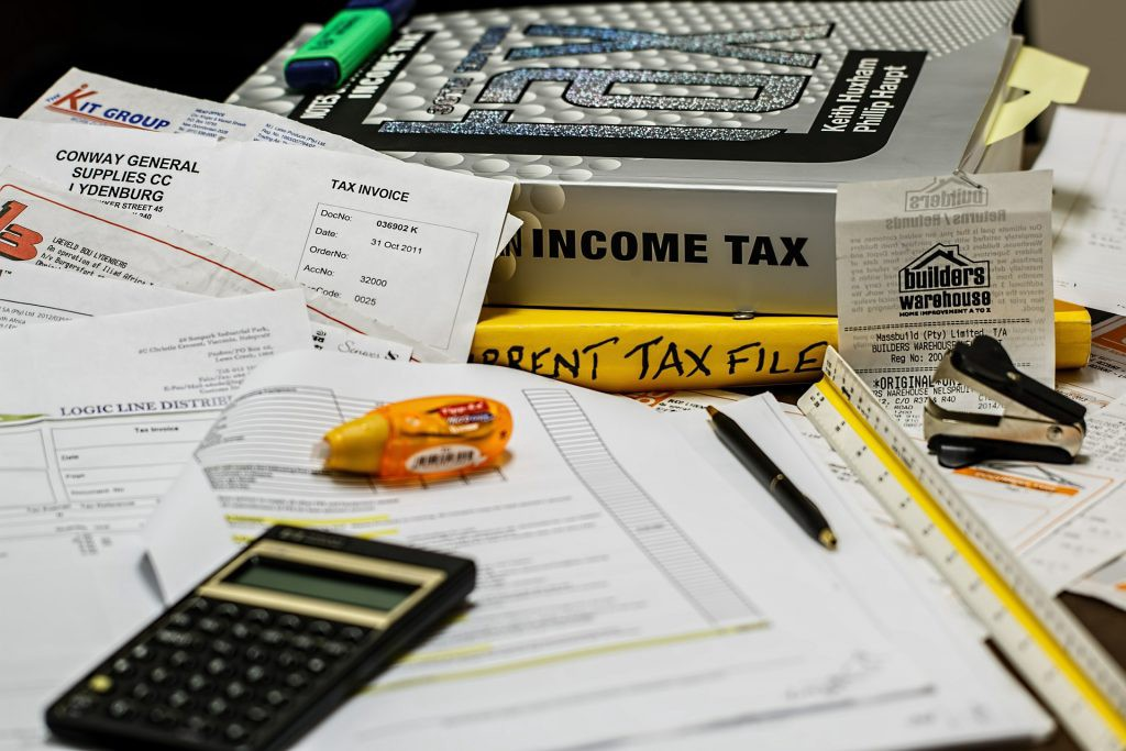 preparing self employed income taxes