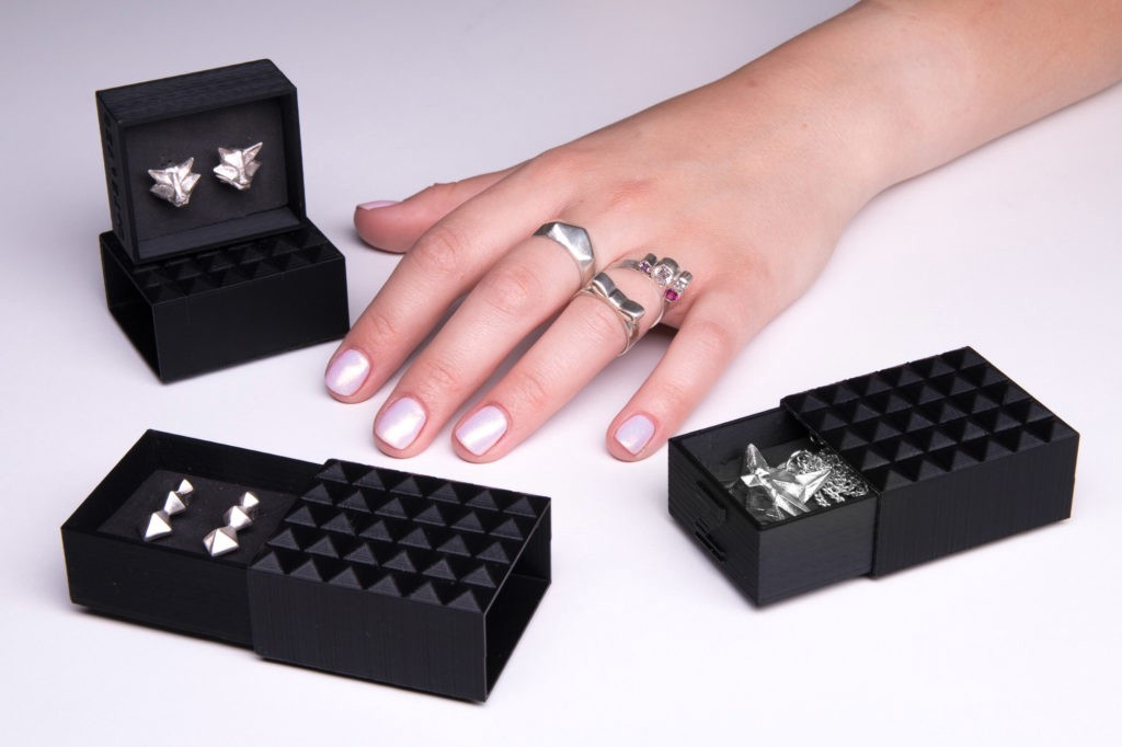 How to Make Silver Jewelry from 3D Printed Molds - ZMorph