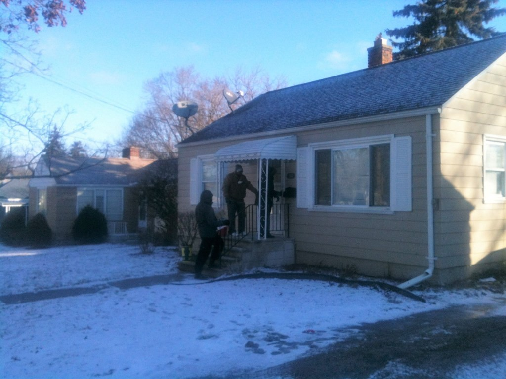 Volunteers deliver water house to house in Flint Michigan