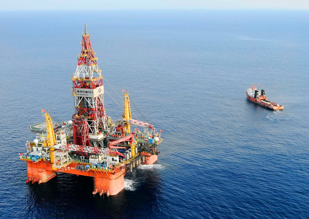 Deepwater oil drilling: discovering pros and cons of a