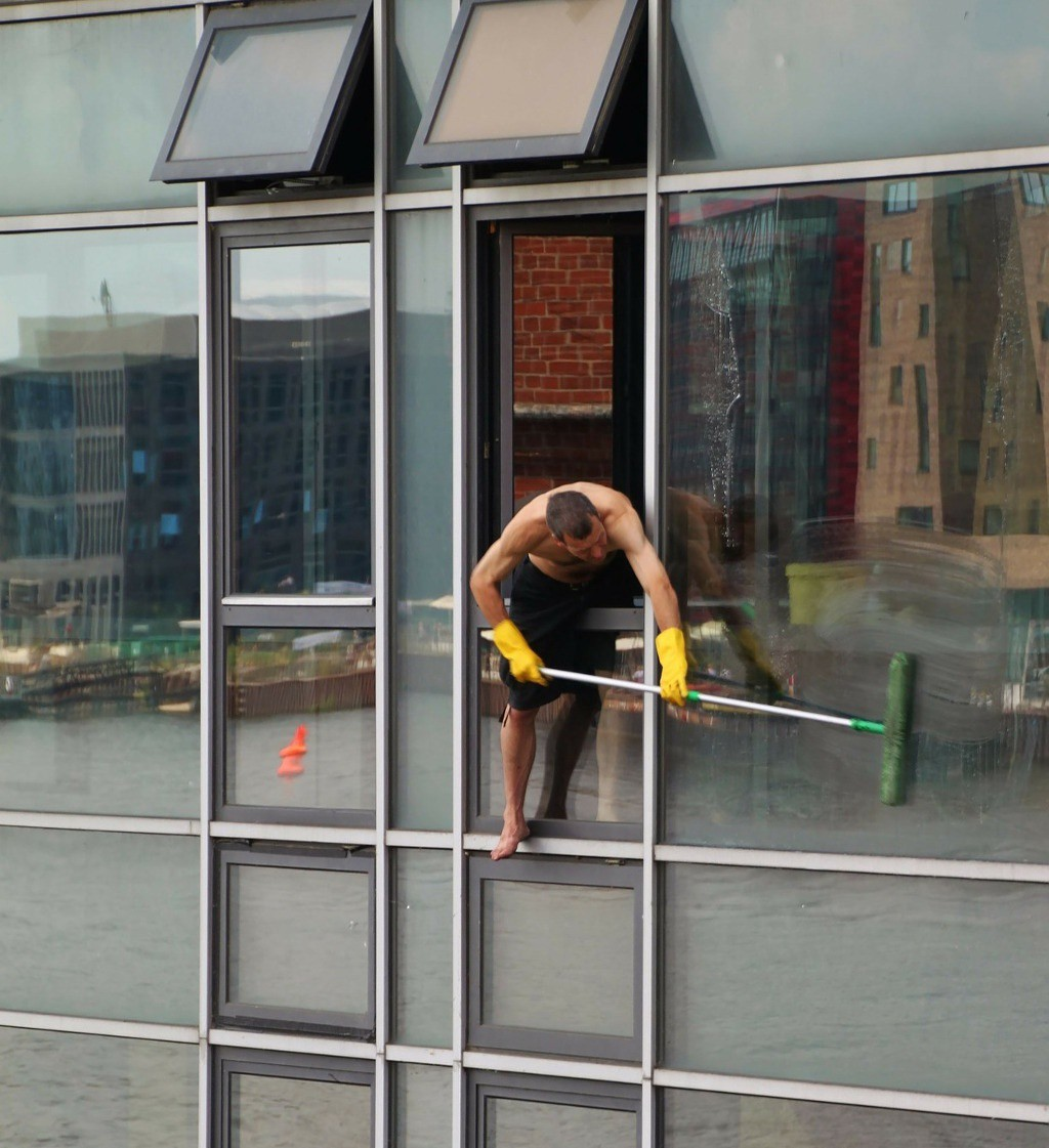 window cleaning florida safety