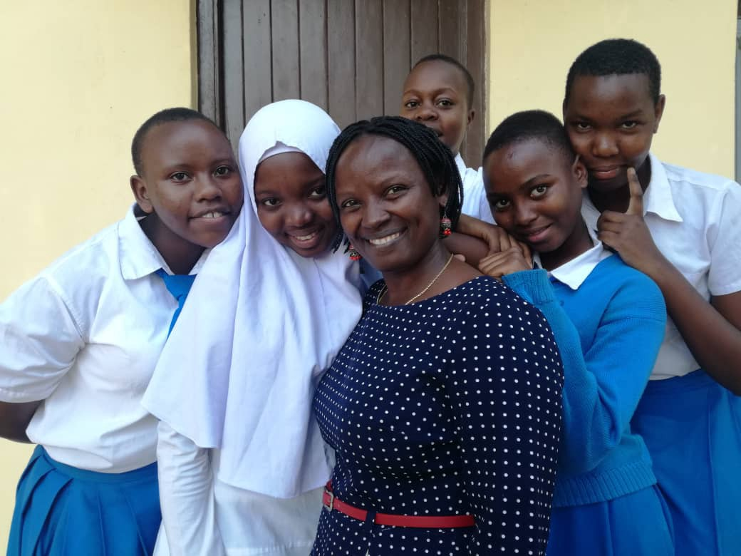 Lydia Wilbard with secondary students