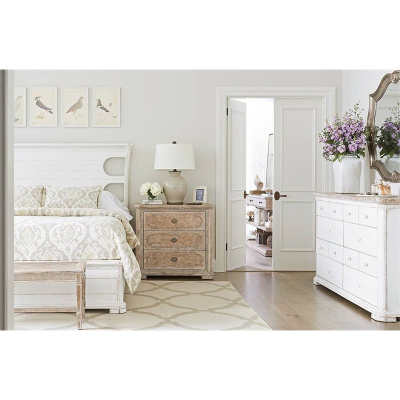 How To Accessorize A Bedroom Dresser