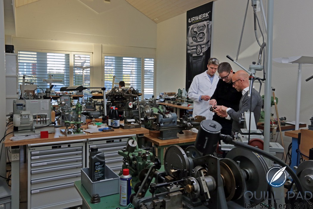 In the Oscillon workshop in Buchs, with Dominique Buser (left) and Cyrano deventhey talking to David Bernard (Complitime/Greubel Forsey/The Time Aeon Foundation)