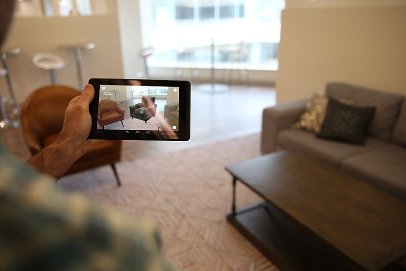Object Recognition in Augmented Reality - Virtual Reality Pop
