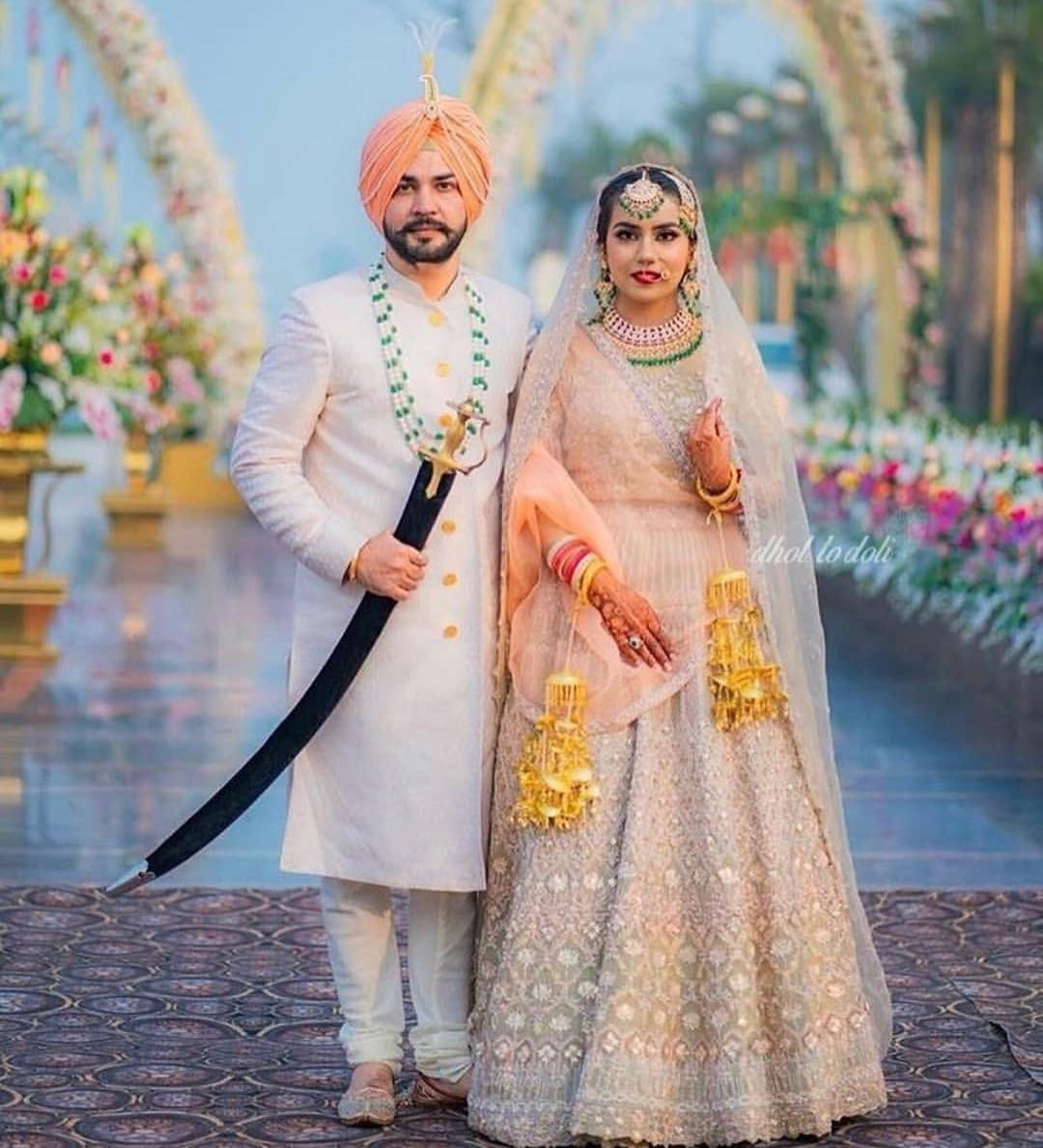 Punjabi Couple Images Punjabi Couple Pics Punjabi 2020 Wedding Couple Images Lovely Couple By Statuspb Medium