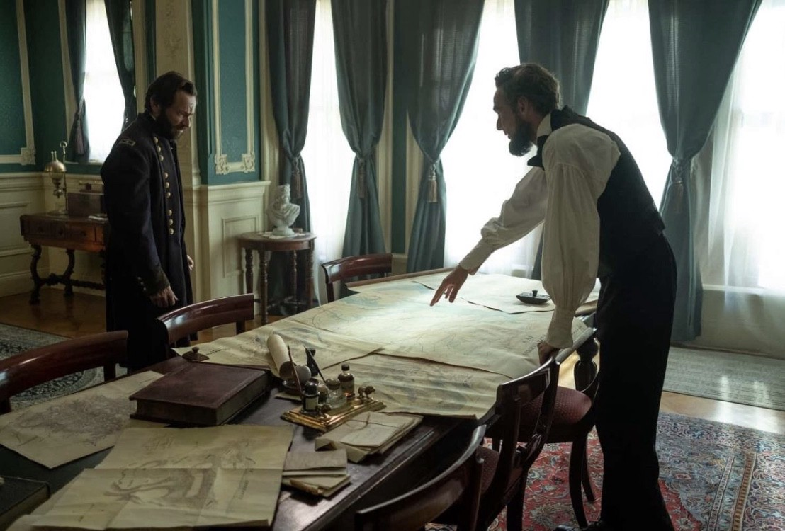 Justin Salinger portraying General Grant (left) and Carel Nel portraying President Abraham Lincoln (right).