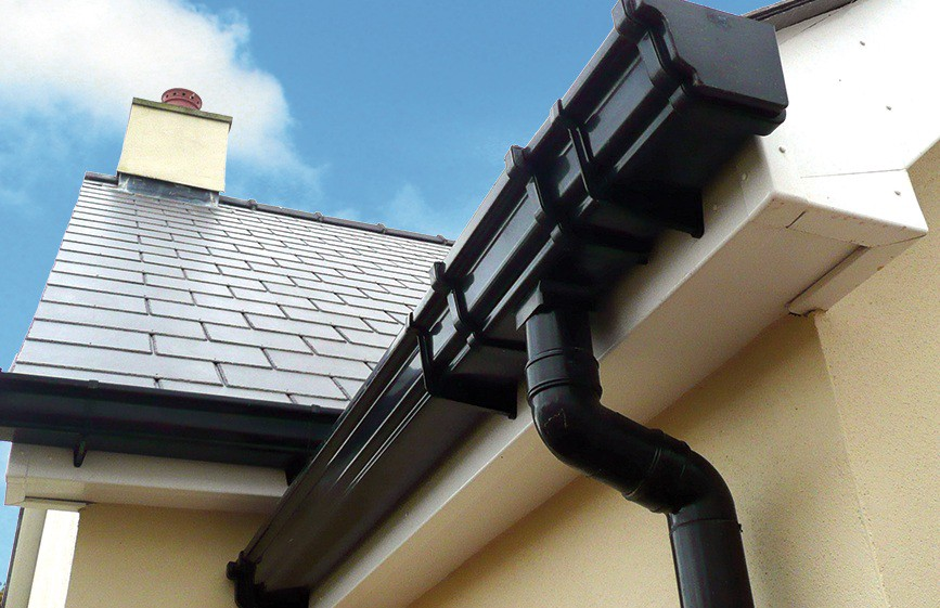 Are you planning to Mount Seamless gutters on your House?