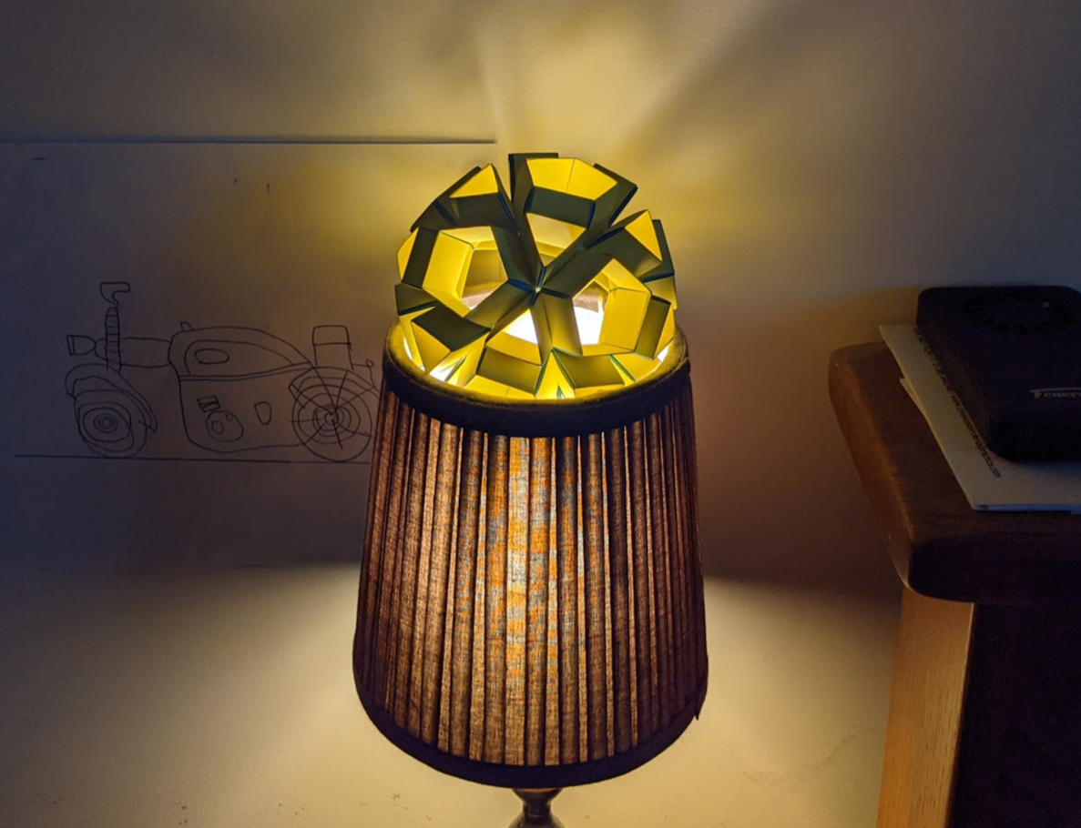 icosidodecahedron on lamp
