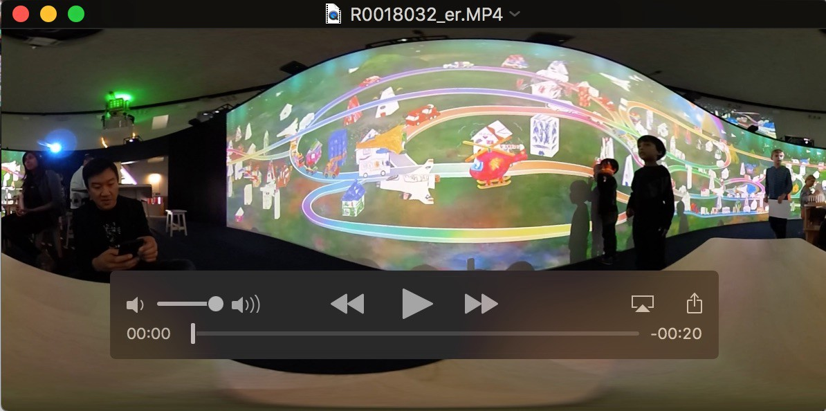 How to download your 360 photos and videos from your Ricoh