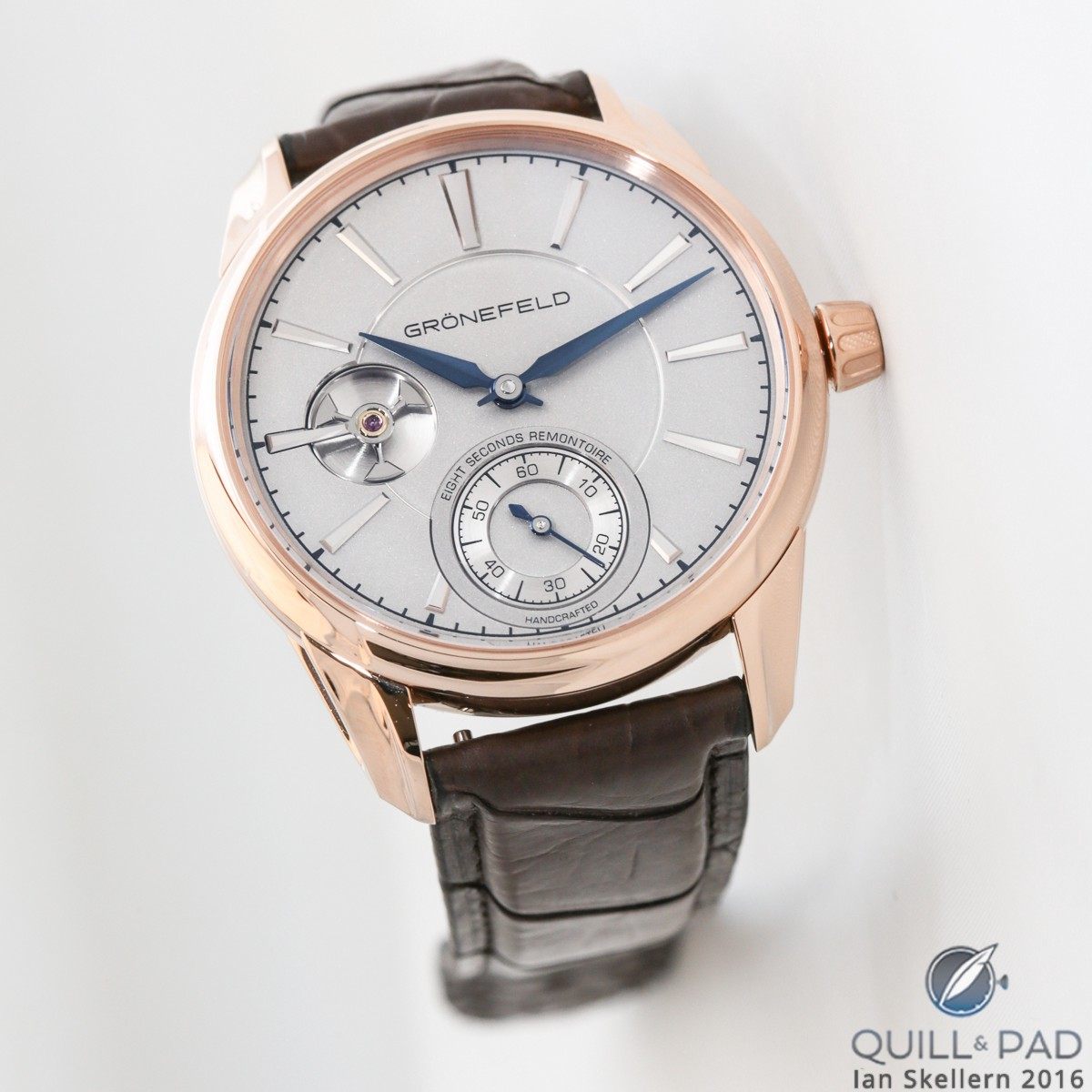 Grönefeld 1941 Remontoire in red gold with frosted sterling silver dial
