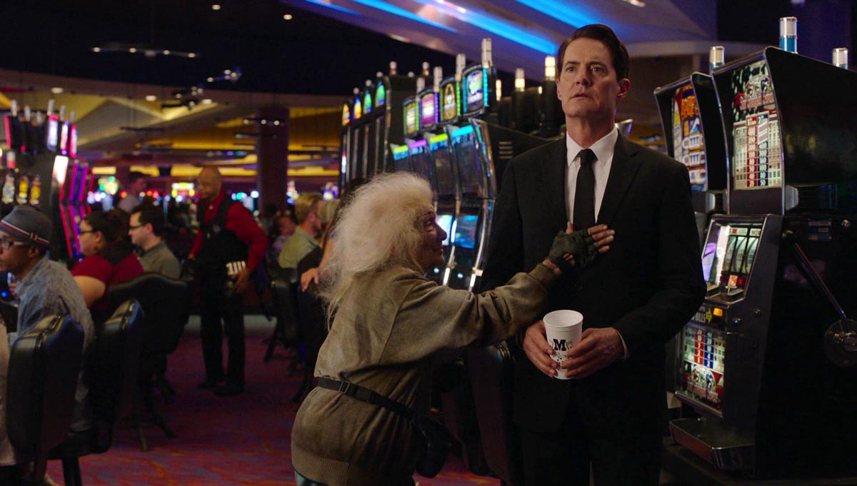 Twin Peaks: The Return episode review — 3.4 — Part 4/…Brings Back ...