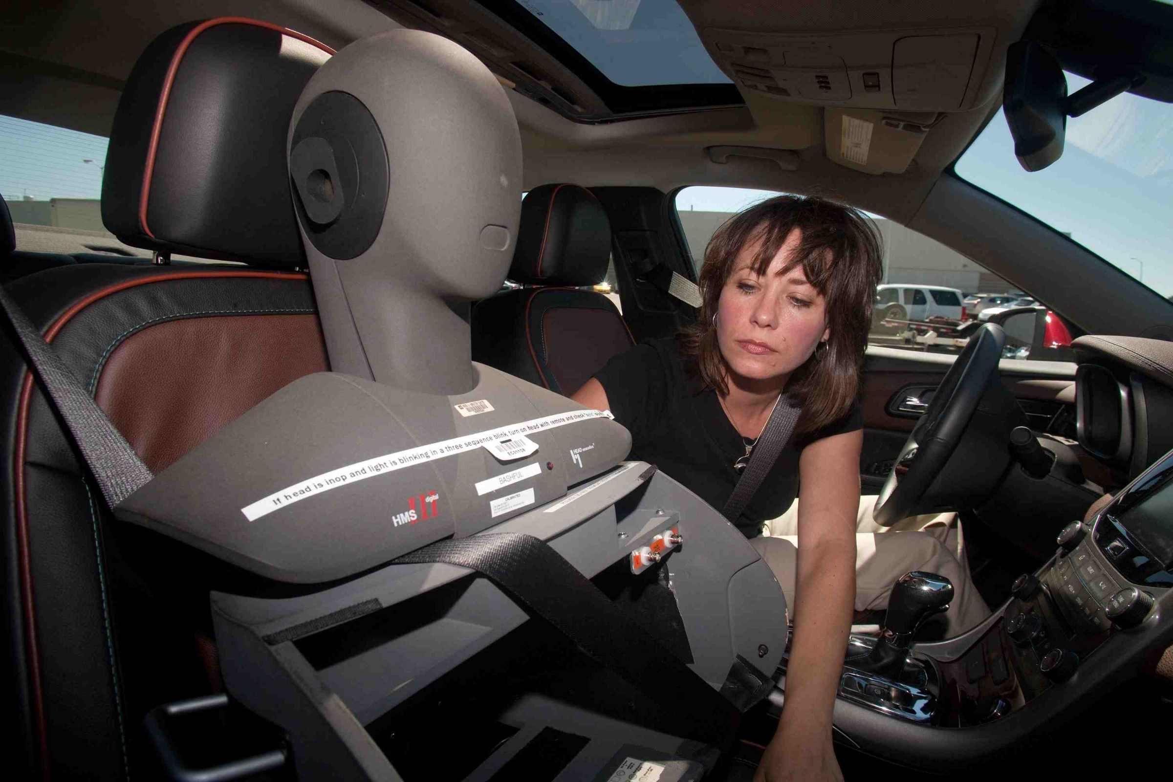 How GM makes a car sound like what a car is supposed to sound like
