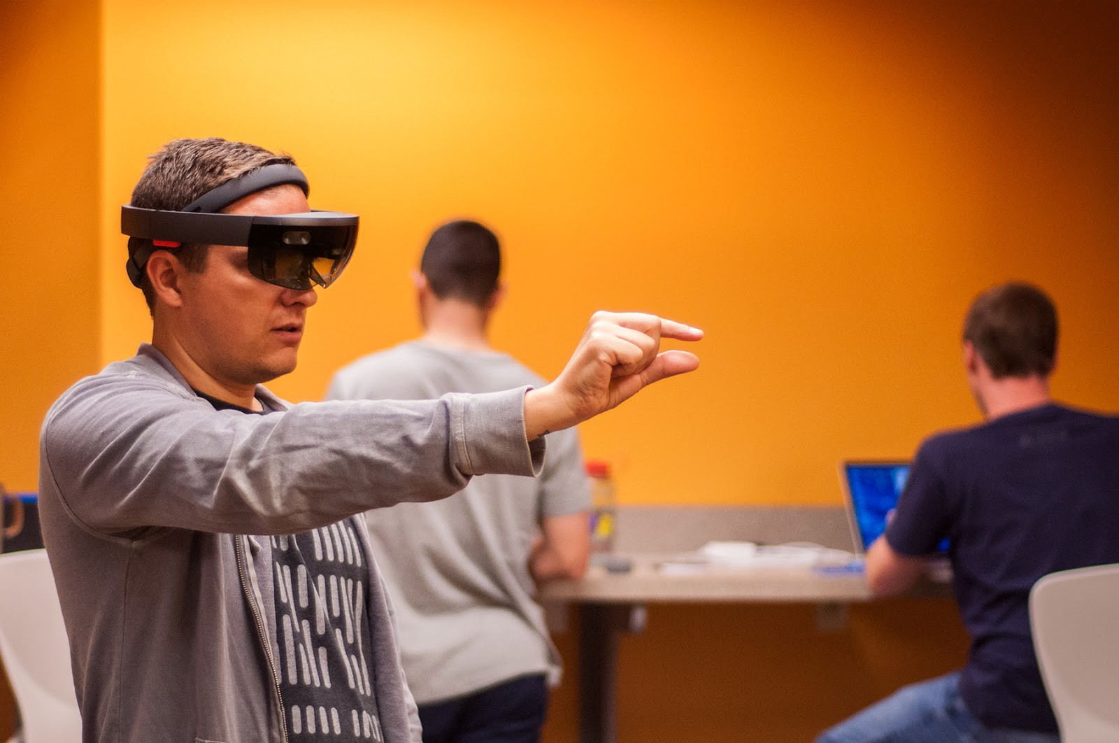 HoloLens Review Part I: Physical Aspects - Mission Data Journal