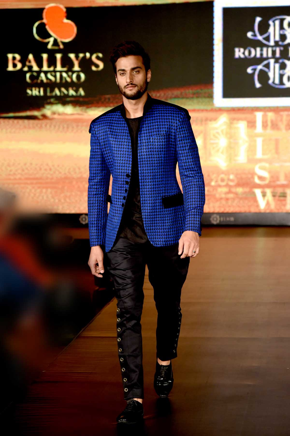 Famous Indian Men S Fashion Designer By Rohit Kamra Medium