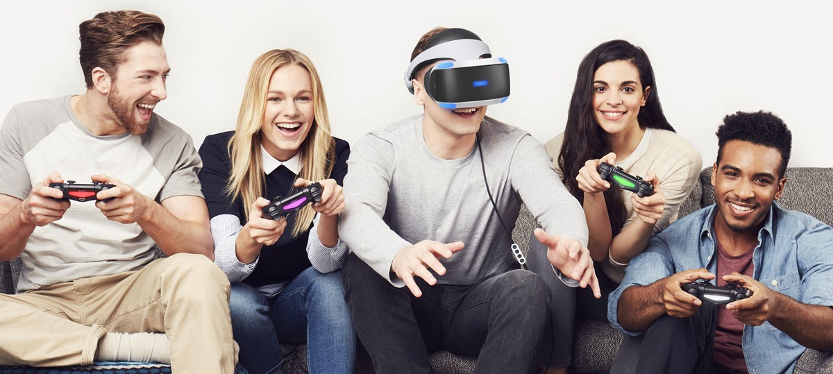 Can you connect two PlayStation VR headsets to a PS4?