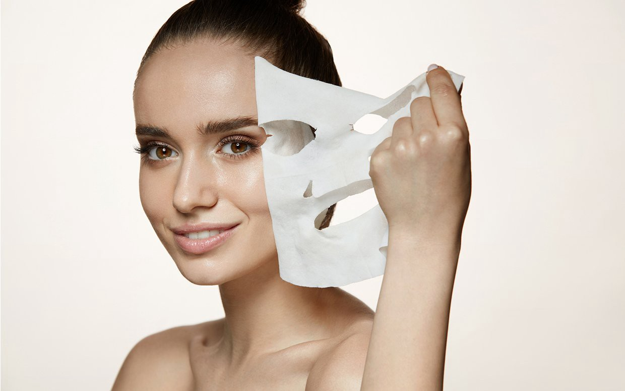 Top 12 Easy & Quick Beauty Tips For Women At Home: Beauty Hacks