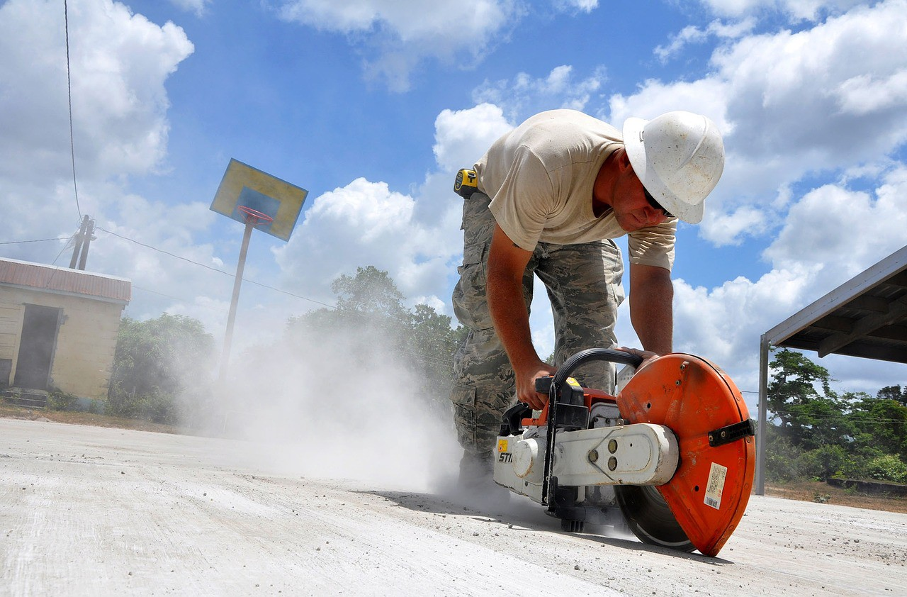 How To Control Dust When Concrete Cutting