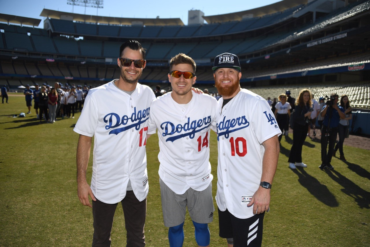 huge selection of 702be f7bcd Joe Kelly puts on his Dodger jersey for the first time — and ...