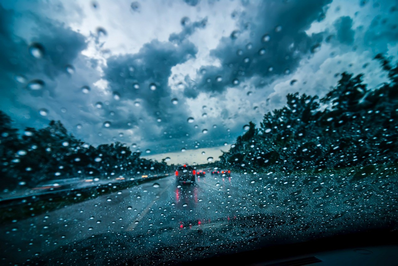 Driving In Rain; Driving In Rain; Safety Tips For Driving In Rain; How To Drive In The Rain