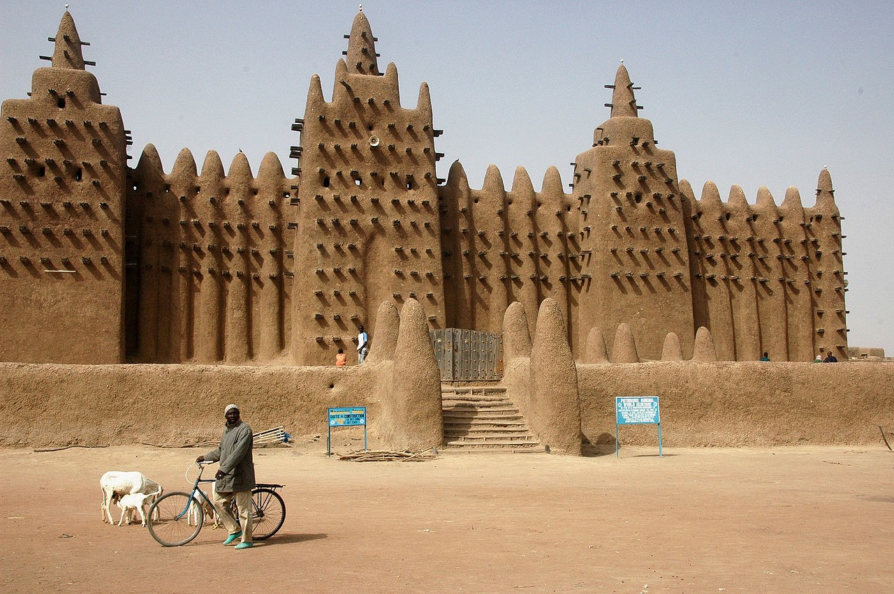 The Great Mosque of Djenné in Mali, an icon for the sudano-sahelian architecture. Courtesy of Ruud Zwart