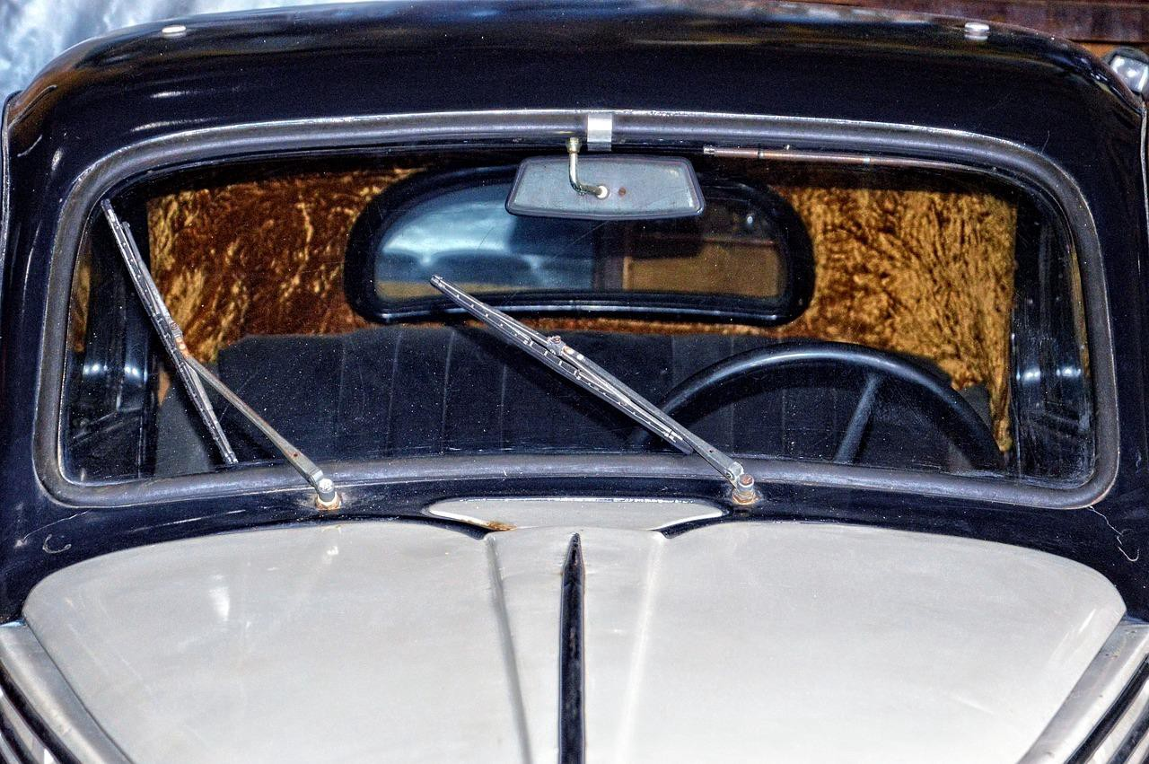 how to replace auto glass vintage