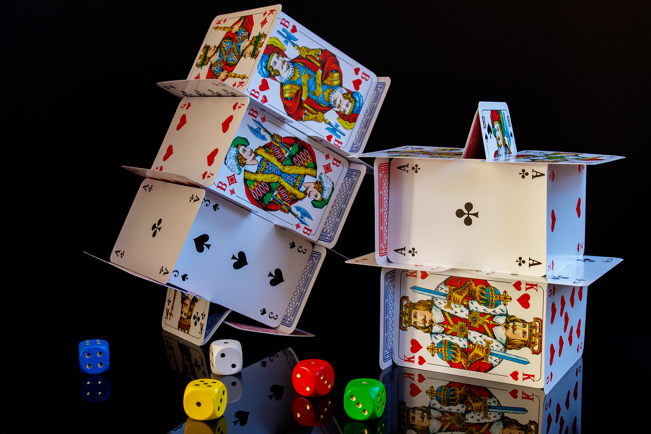 Know About the Basic Online Poker Strategy | by pokerlion | Medium