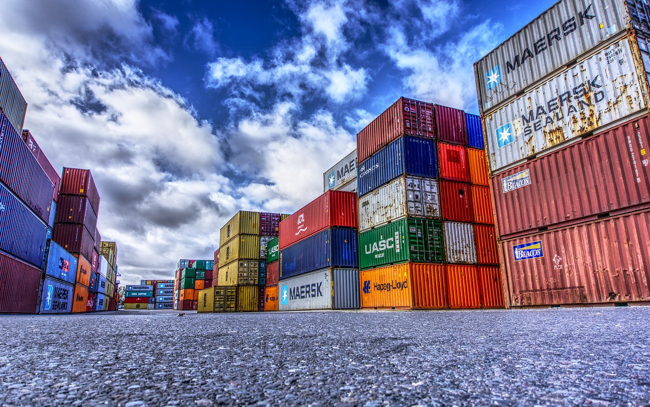 https://pixabay.com/photos/container-port-loading-stacked-3118783/
