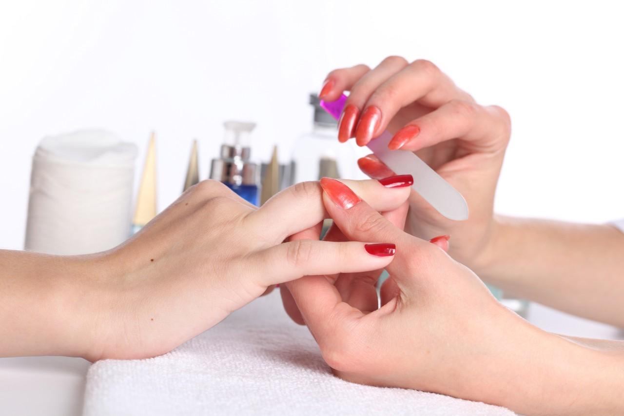 7 Steps To A Diy Manicure Pedicure At Home Bigstylist