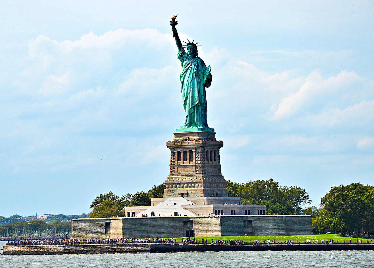 Statue of Liberty. Image by Roselie from Pixabay. Pixabay License.