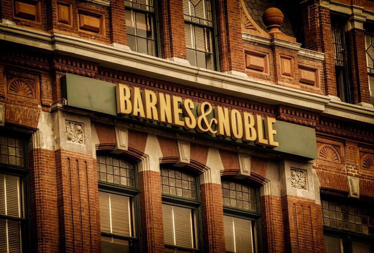 How To Arrange Book Signings at Barnes & Noble - The Writing