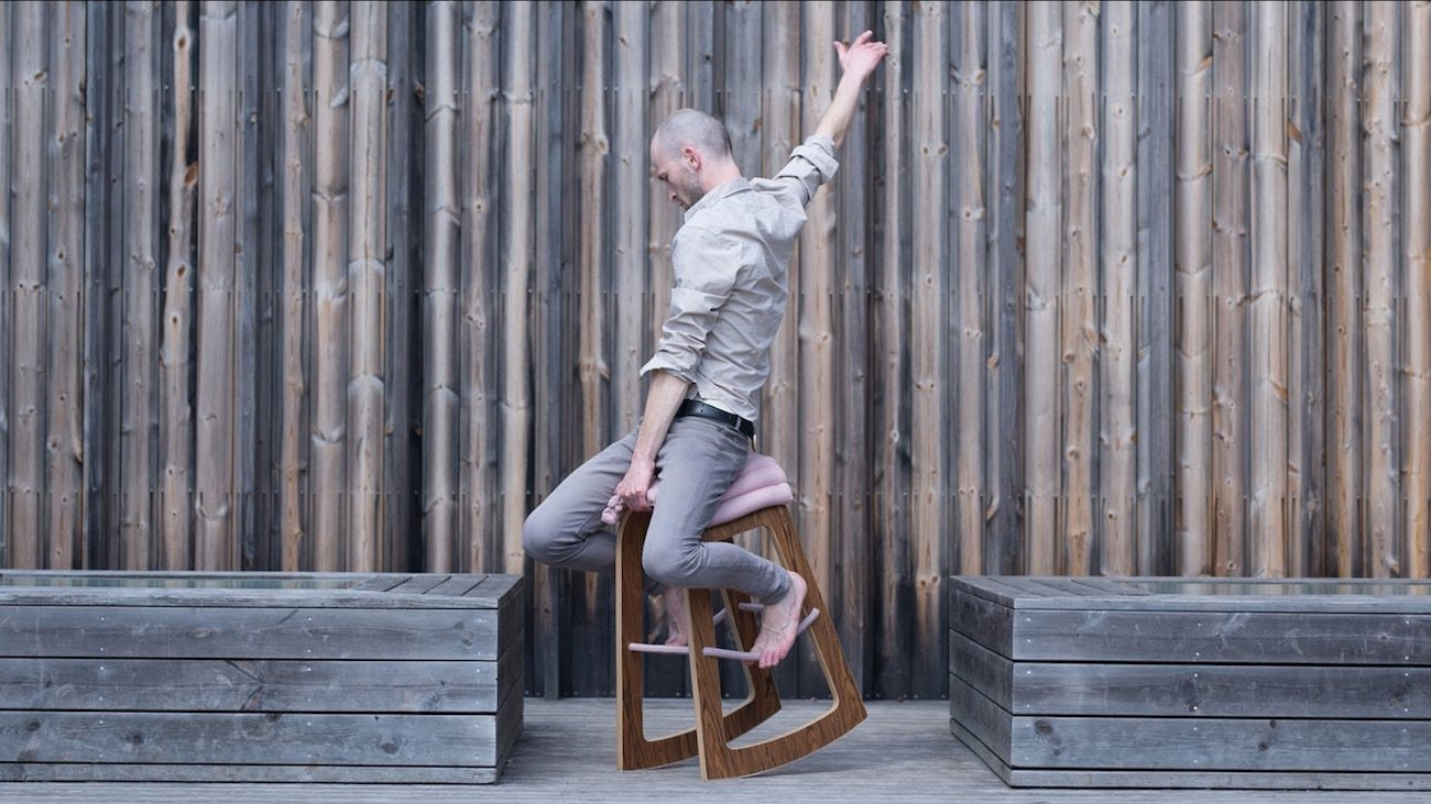 Awe Inspiring 10 Comfy Work Chairs For A Productive Work Life Gadget Gmtry Best Dining Table And Chair Ideas Images Gmtryco