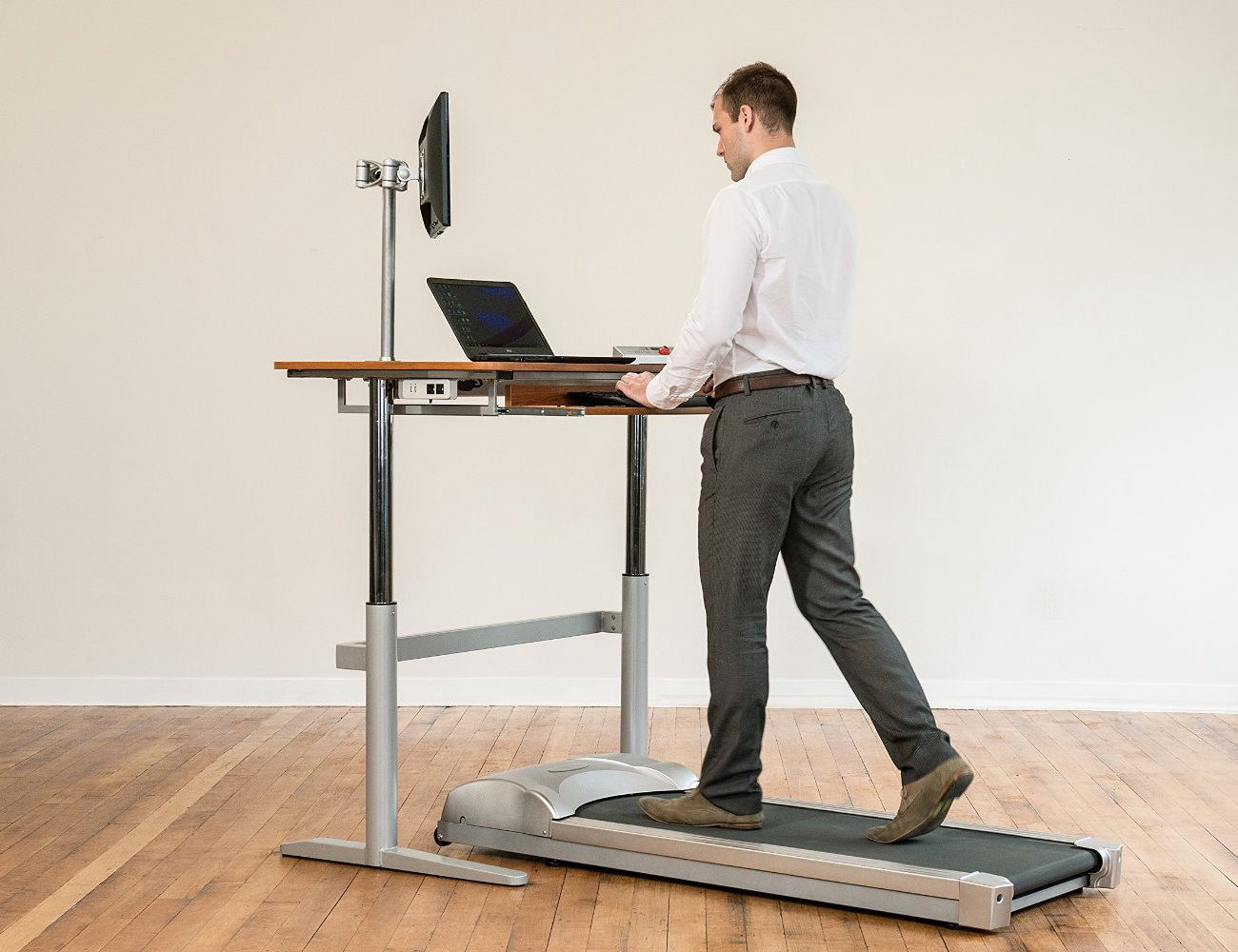 10 Standing Desks For A Productive Work