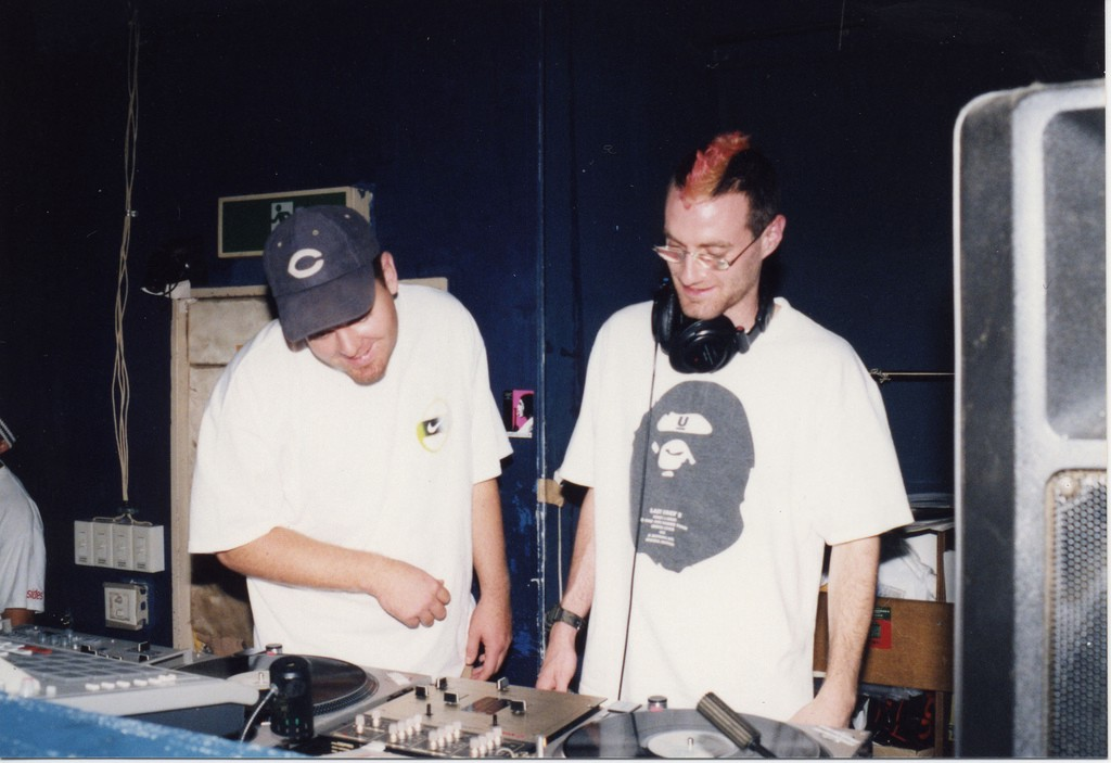 DJ Shadow Used Turntable Pitch Control To Layer Samples on