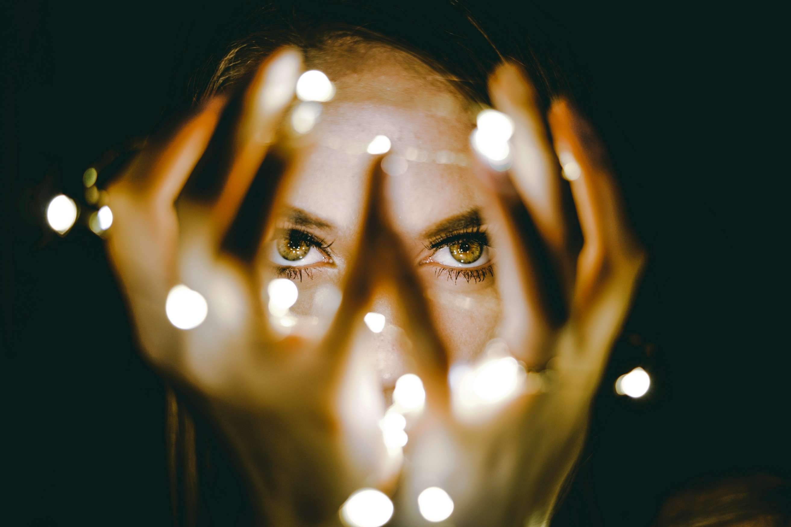 6 Superpowers Every Empath Possesses (and the 3 Things That Hold Us
