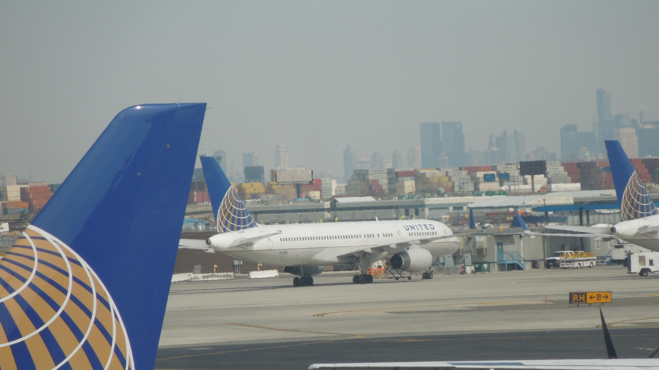 United Airlines made me ABANDON my mobility device at the gate