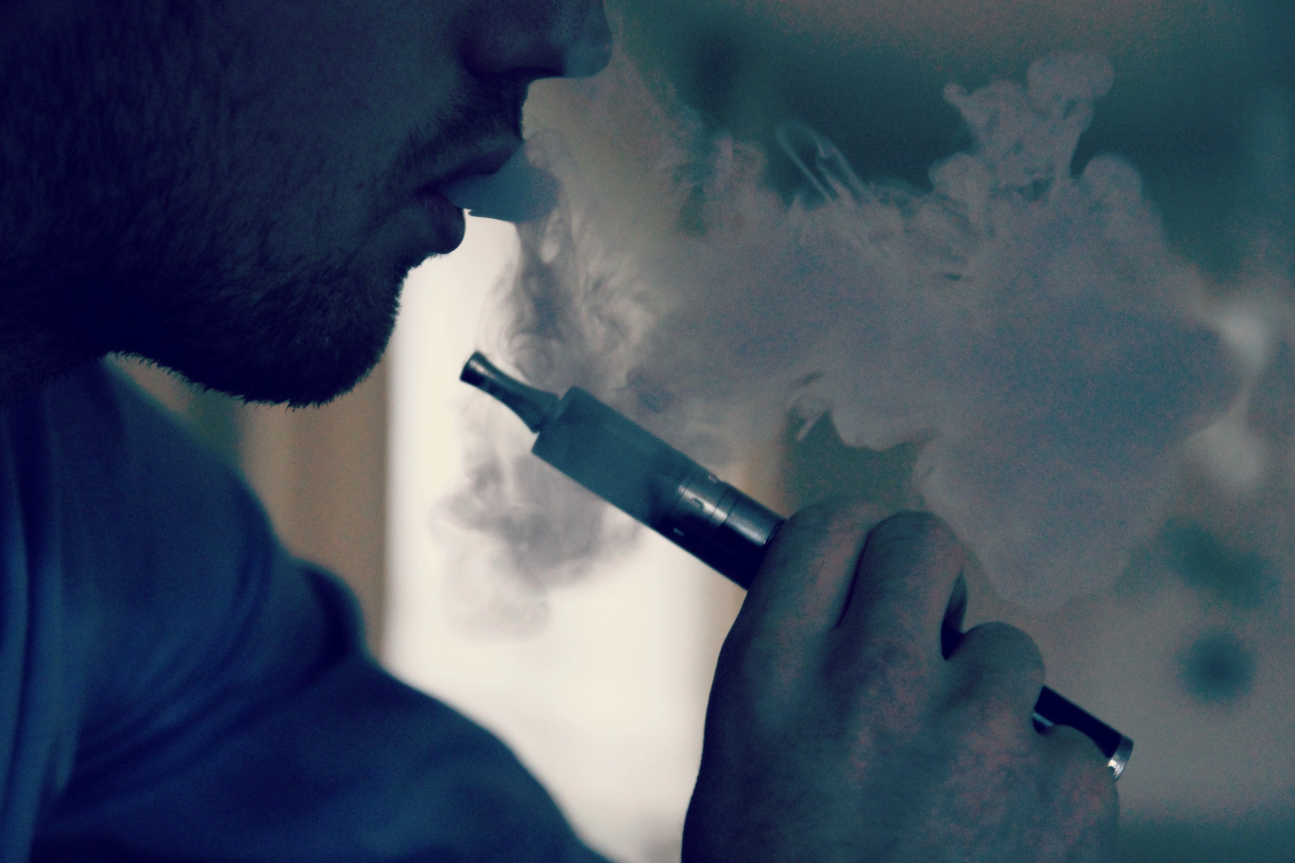 If You're Busted Vaping Marijuana in Florida, You Face Felony Charges