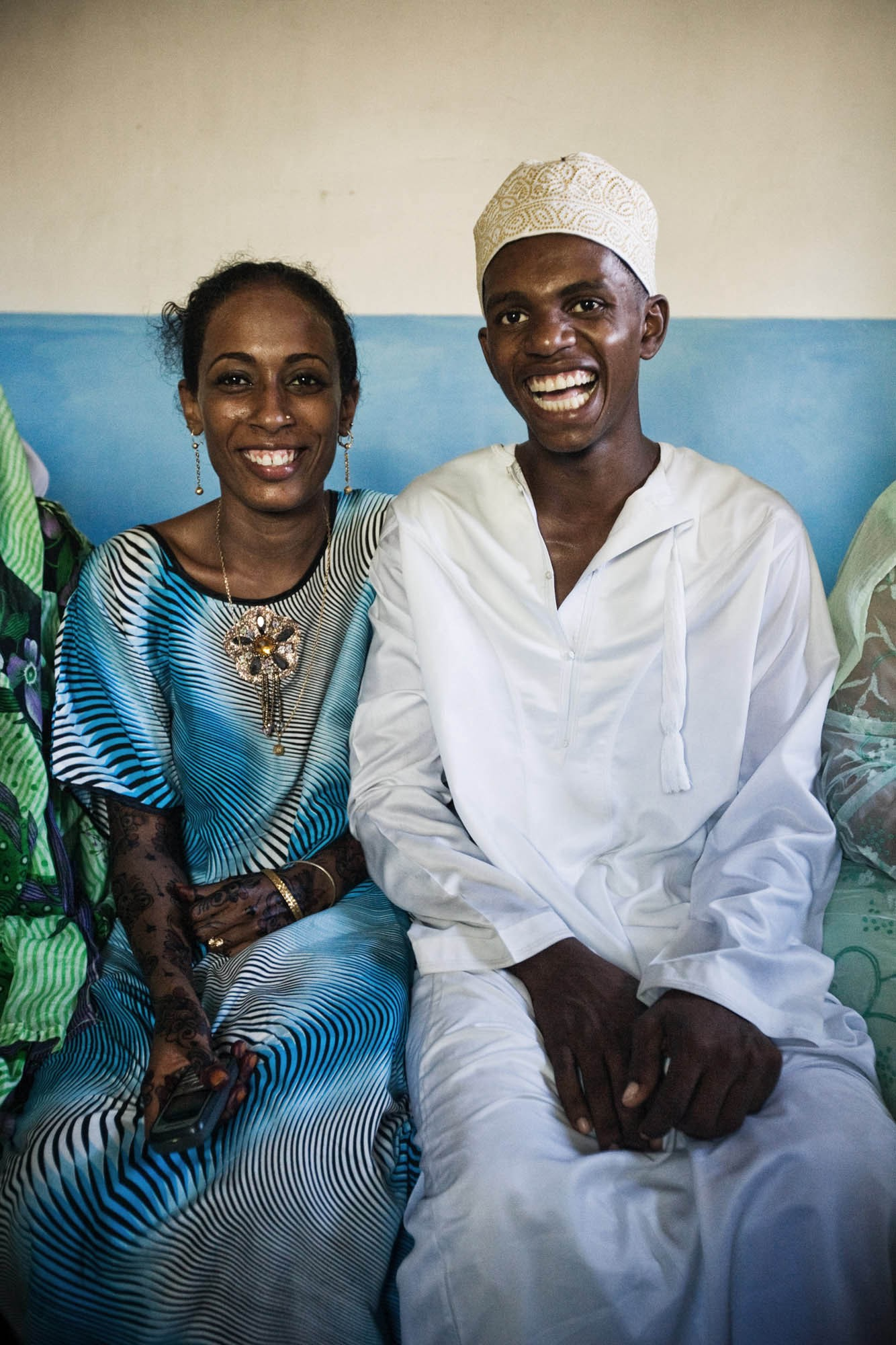 Newlyweds Tima Adnan and Ali Mohammed at her mother's house on their wedding day in Lamu. | © James Fisher 2017 All Rights Reserved.