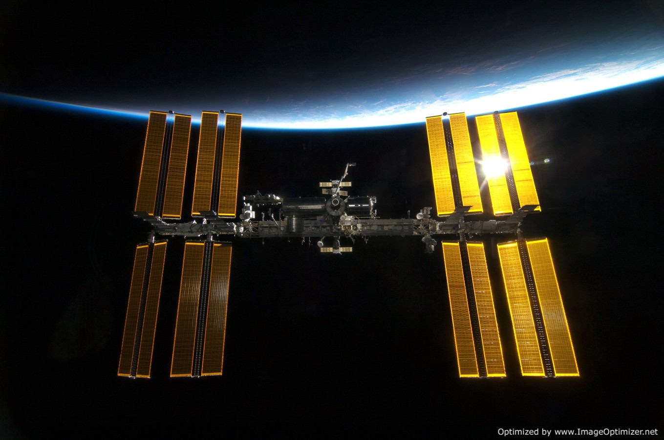 Image of the International Space Station licensed to Craig Martineau from RawPixel