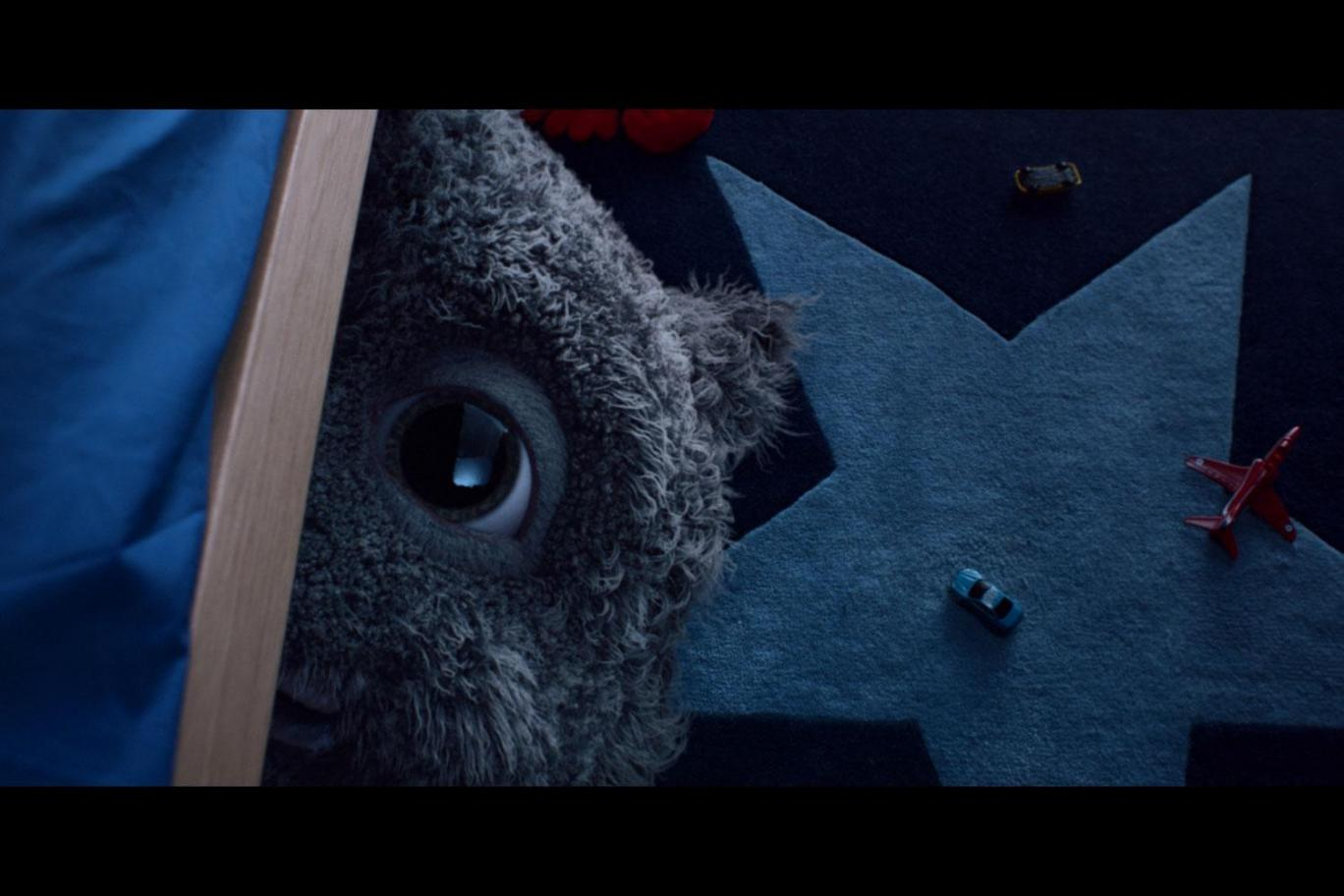 John Lewis Christmas Advert.Does This Year S Monstrous John Lewis Christmas Advert