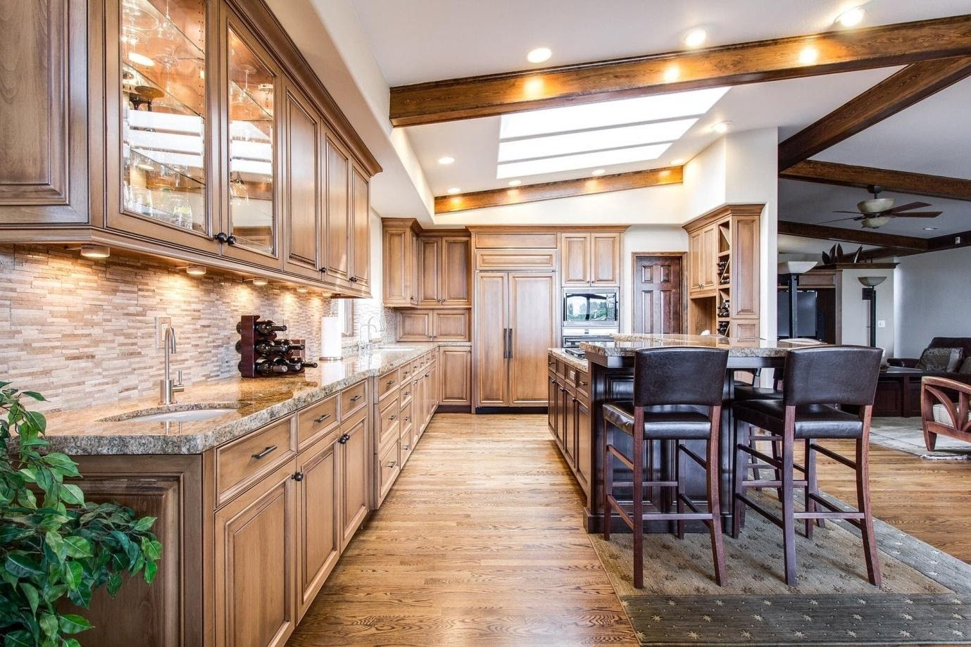 Know When To Reface Remodel Or Paint Your Kitchen Cabinets