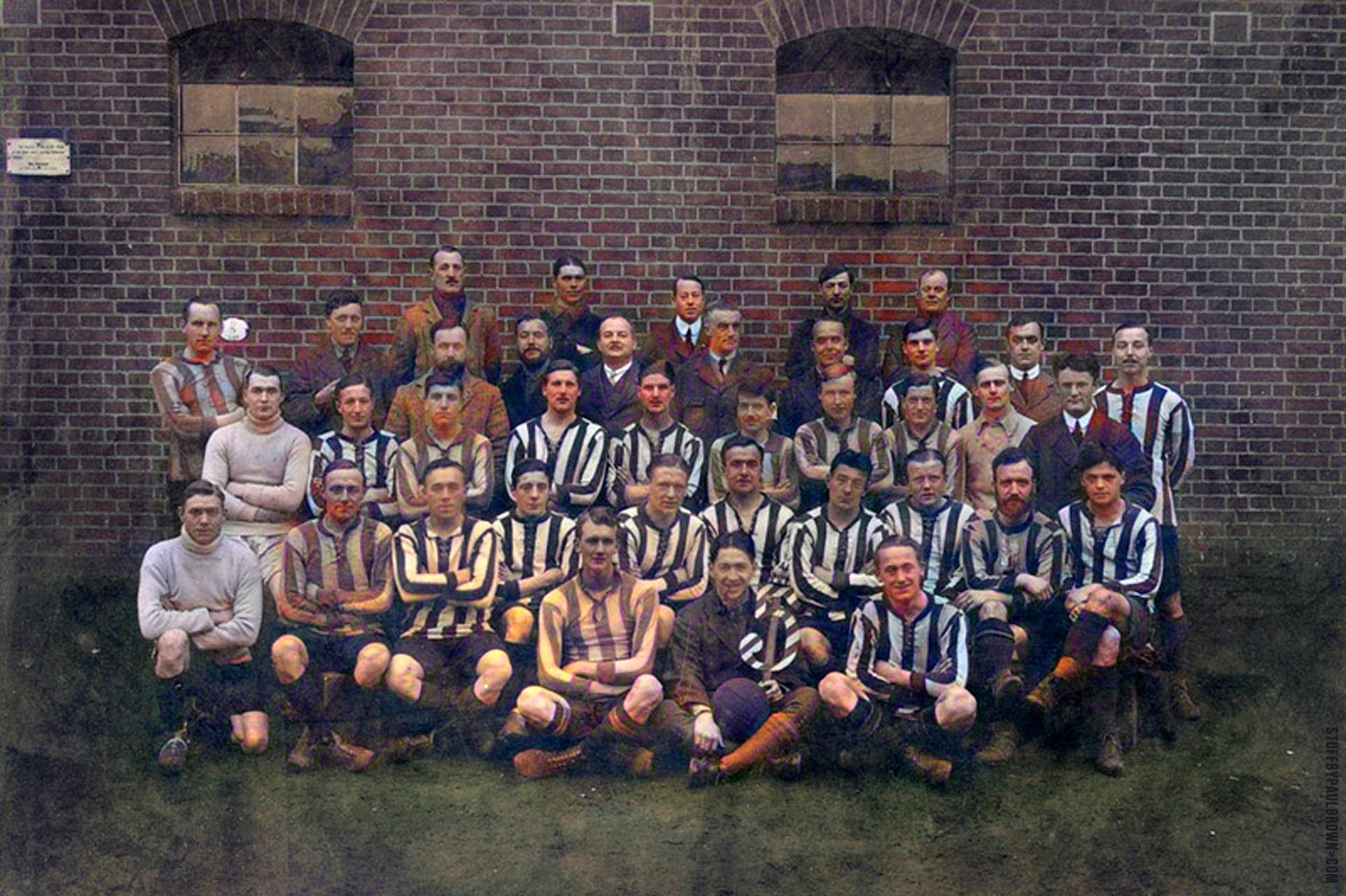 Barrack 5 Football Team, Ruhleben, c. 1914–18, postcard / Paul Brown