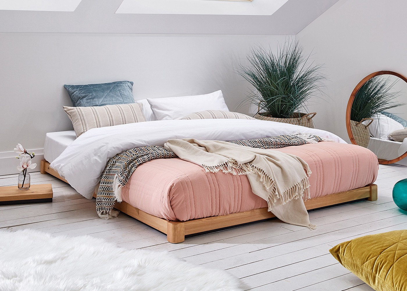 What Is A Tatami Bed In A World Full Of New Trends And By Jonathan Barradell Get Laid Beds Medium