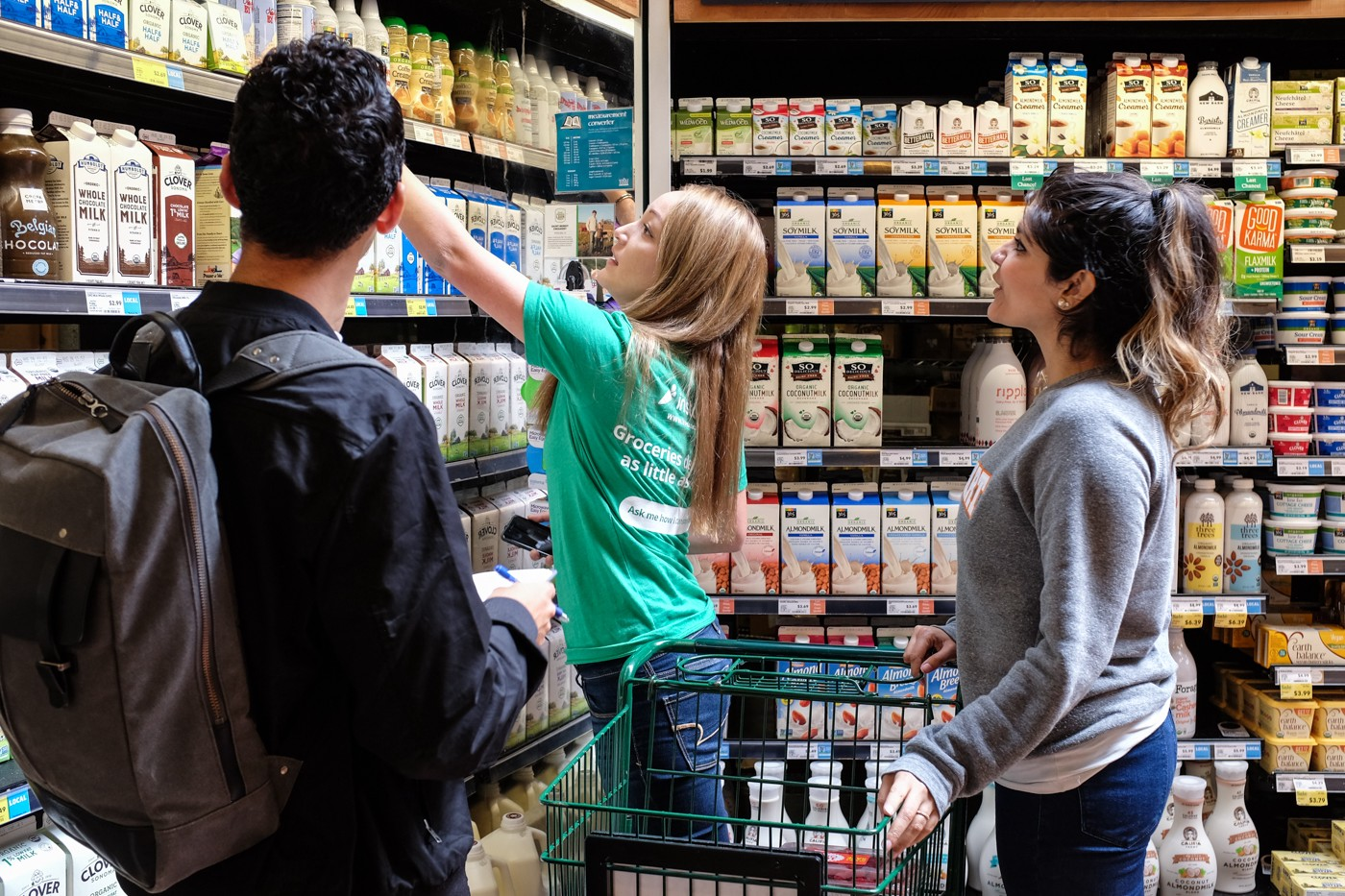 How Instacart onboards thousands of shoppers every week