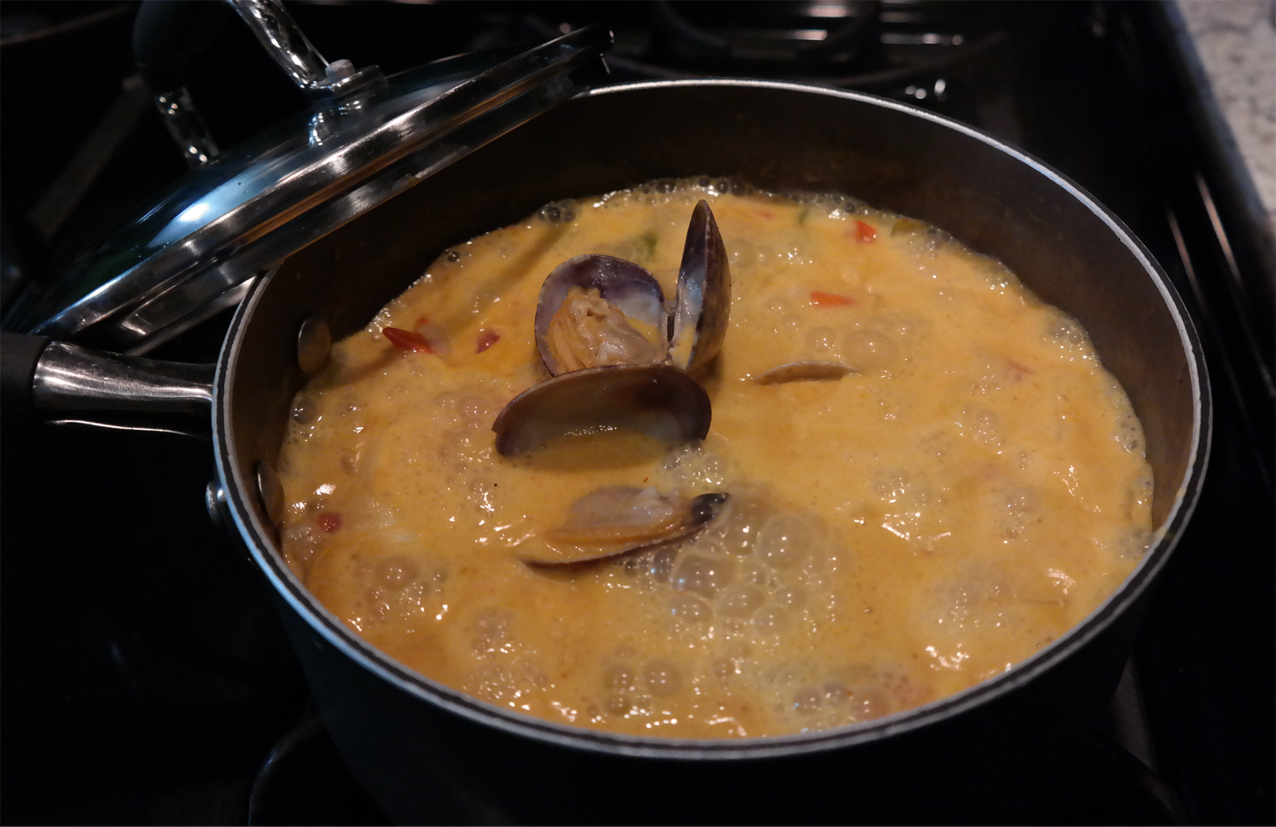 Thai red curry clams soup recipe ...