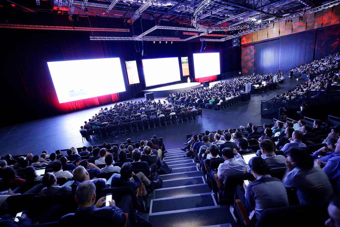 10 Must Attend Data Science, ML and AI Conferences in 2018