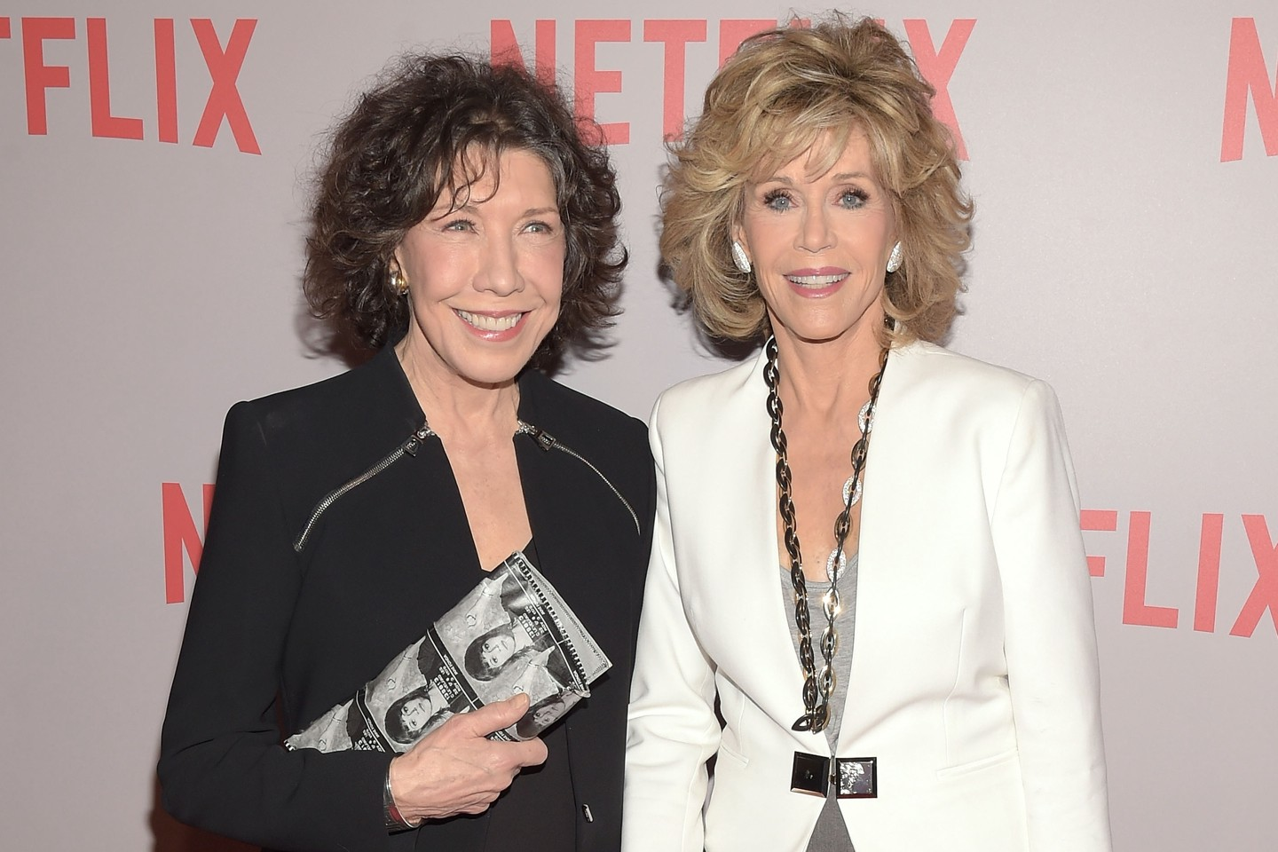 813e75a8553dde Lily Tomlin and Jane Fonda for Grace & Frankie. Image: Vanity Fair.